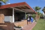 дървен навес за открит летен бар по поръчка