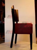 дървени столове с облегалка за ресторанти
