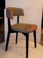 дървени столове с богата цветова гама за барове