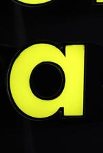 Рекламни обемни букви