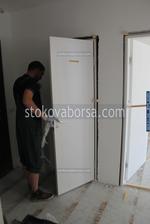 фирма за монтаж на врати