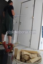 монтиране на интериорна врата по поръчка