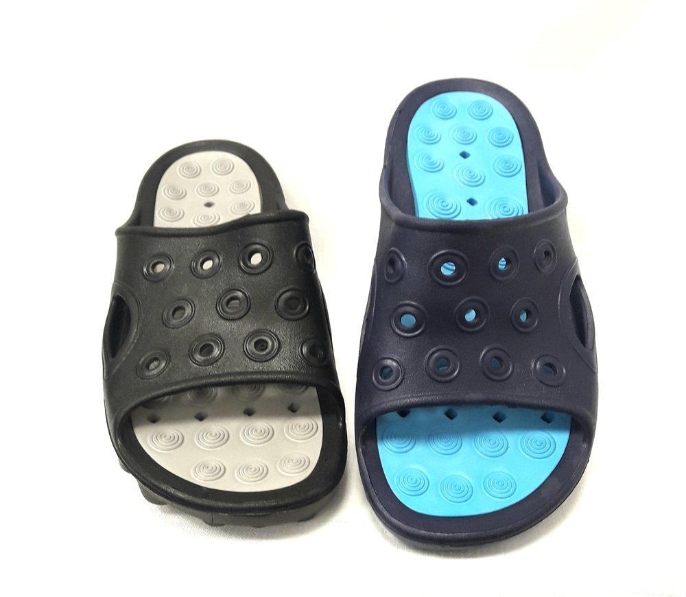 Мъжки чехли в черно и синьо.