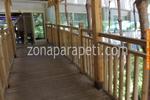 дървени парапети за мостове