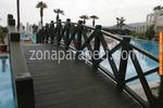 дървен парапет за мост