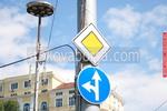производство и монтаж на пътни знаци