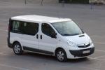 Извършване на трансфер с Opel Vivaro до летище Варна