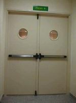 изработка на врати против пожар с две отварящи се крила