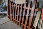 дървени огради по поръчка боядисани с боя по RAL каталог