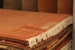 Изработка и продажба на ръчно вързани правоъгълни килими