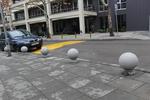 бетонни сфери за непаркиране по поръчка