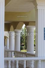 декоративни колони